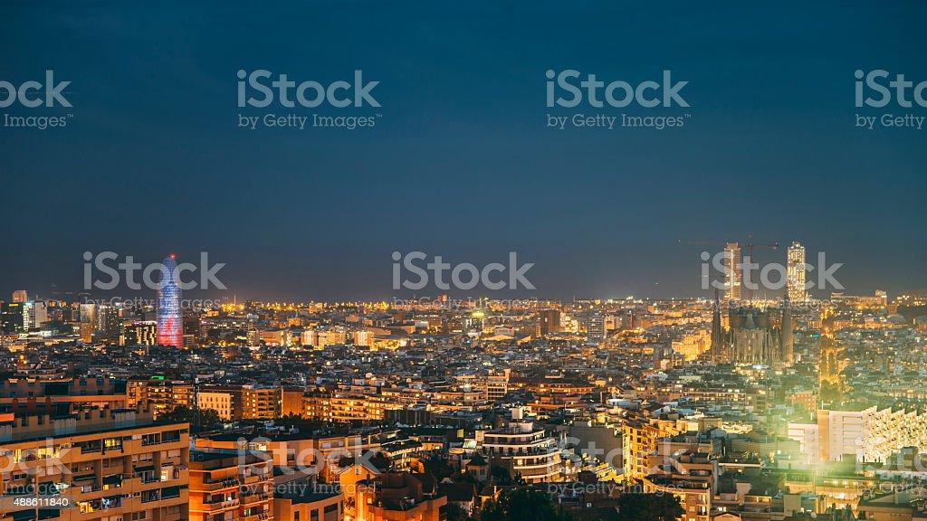 Barcelona bei Nacht 16:9 – Foto