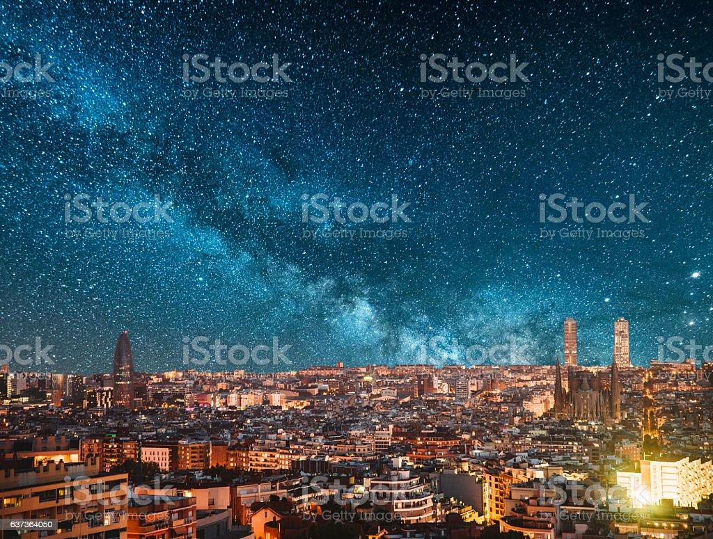 Barcelona bei Nacht  – Foto