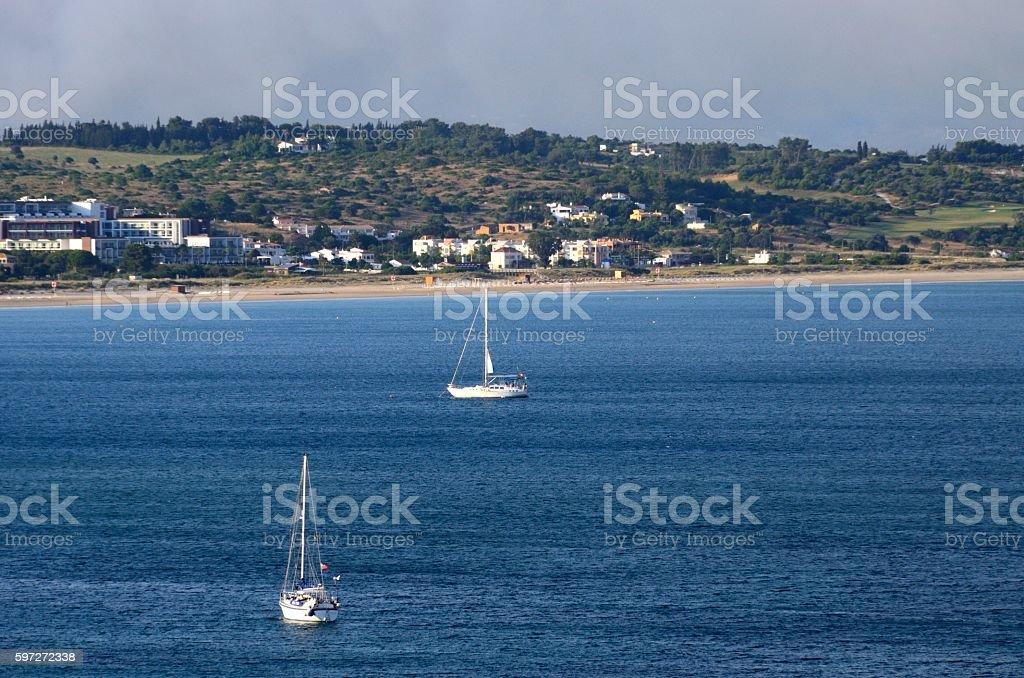Barcos frente a Ponta da Piedade, Lagos royalty-free stock photo