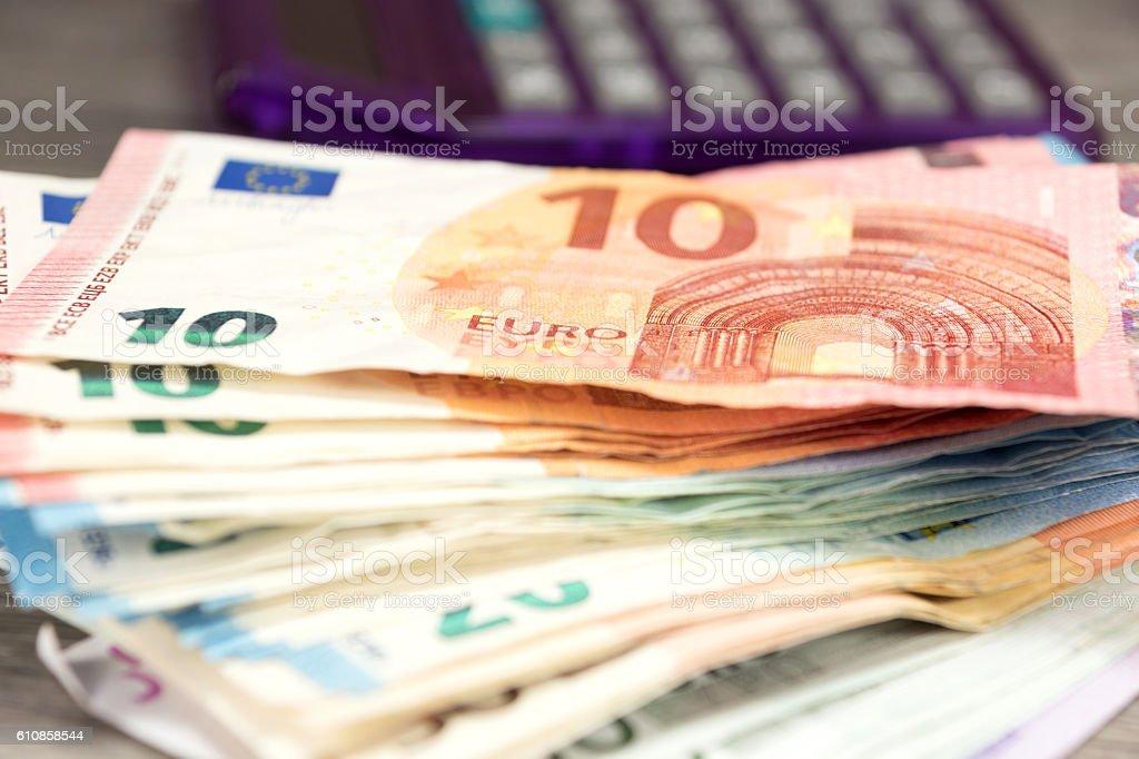 Bargeld Und Taschenrechner – Foto