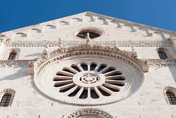 Cattedrale di Bari-Rose window (Rosone), la Puglia. - foto stock