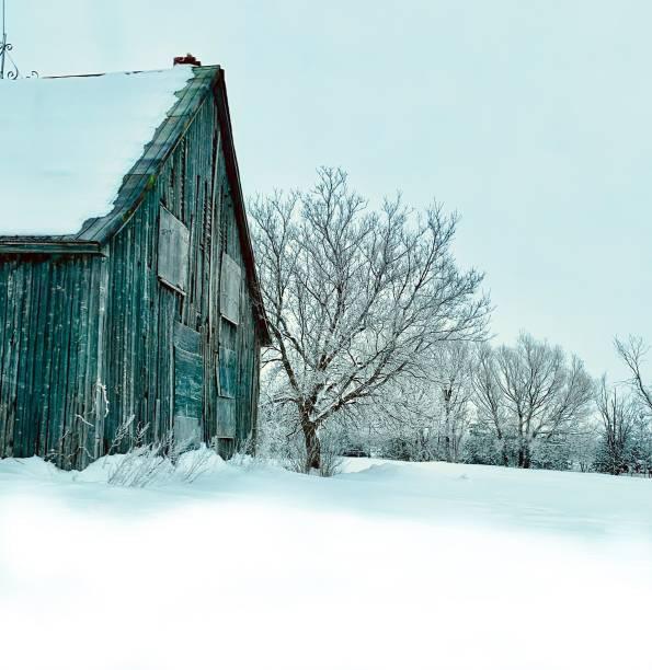 grange en hiver - josianne toubeix photos et images de collection