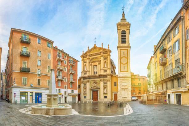 barock-stil schöne kathedrale am morgen, frankreich - nizza sehenswürdigkeiten stock-fotos und bilder