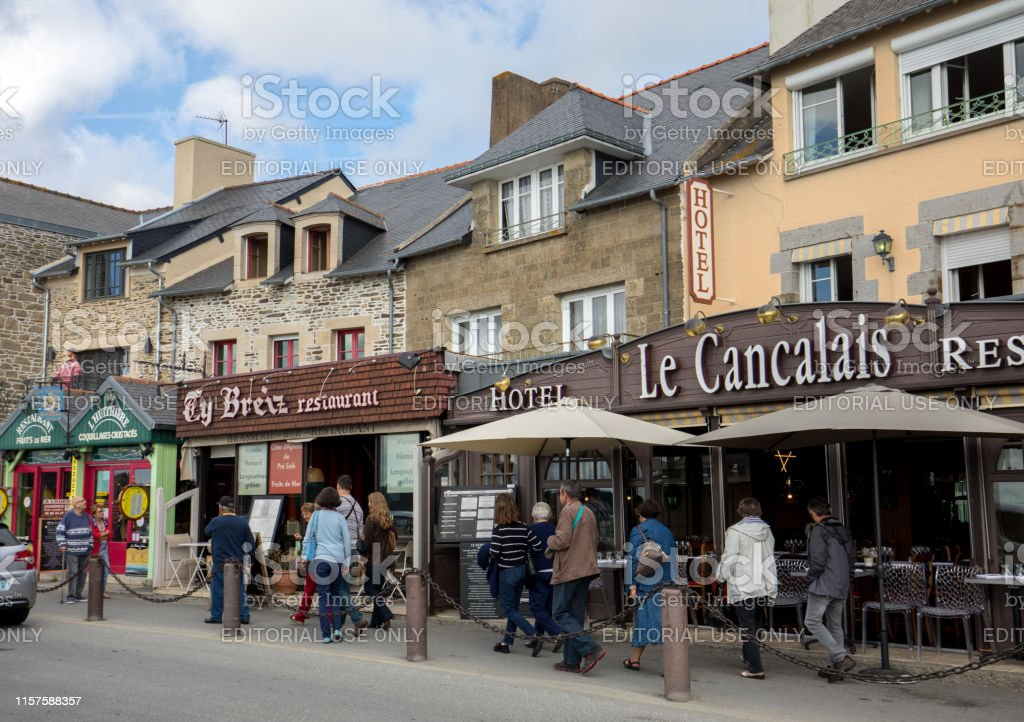 Bars and restaurants on the main street in Canacle known for its...