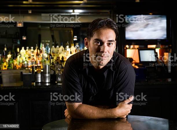 Bartender picture id157440022?b=1&k=6&m=157440022&s=612x612&h=4rzsqblyeeczdx zfxw2a8uixqswfvhod2leas9biiu=