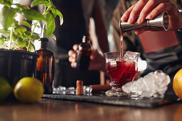 Bartender preparing fresh cocktail picture id545575246?b=1&k=6&m=545575246&s=612x612&w=0&h=mq3ebv clhqyx4rp4z1k04rzl15ftftjxioq7qlnfd8=