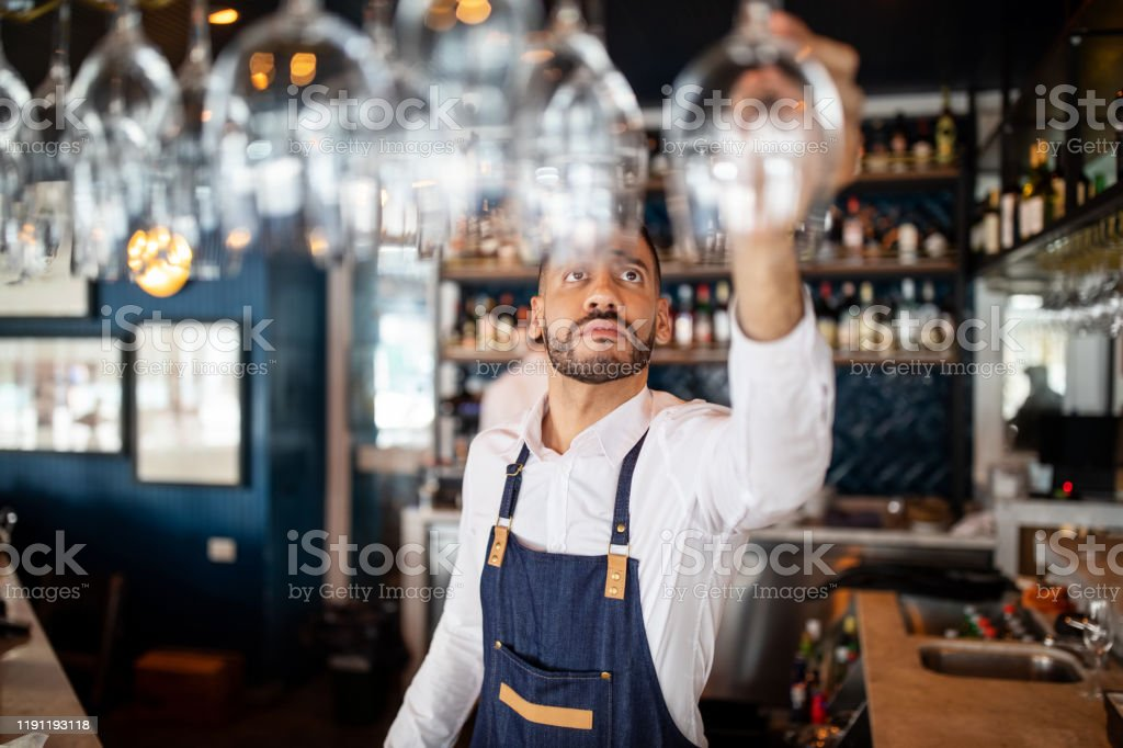 Bartender working at the cafe - Royalty-free Adult Stock Photo