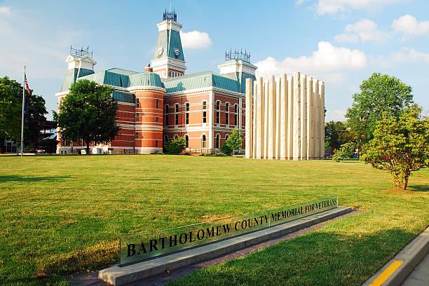 bartholomew county courthouse, indiana - columbus day stok fotoğraflar ve resimler
