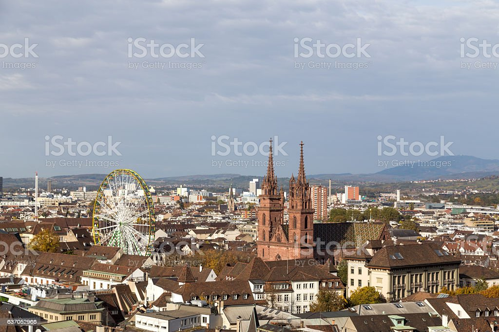 Basel skyline view with Minster and ferris wheel – Foto