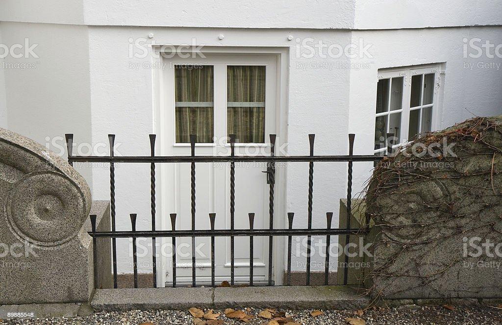 Базальная дверь Стоковые фото Стоковая фотография