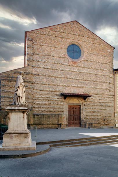 Basilica di San Francesco in Arezzo, Tuscany, Italy Basilica di San Francesco in Arezzo, Tuscany, Italy, Europe arezzo stock pictures, royalty-free photos & images