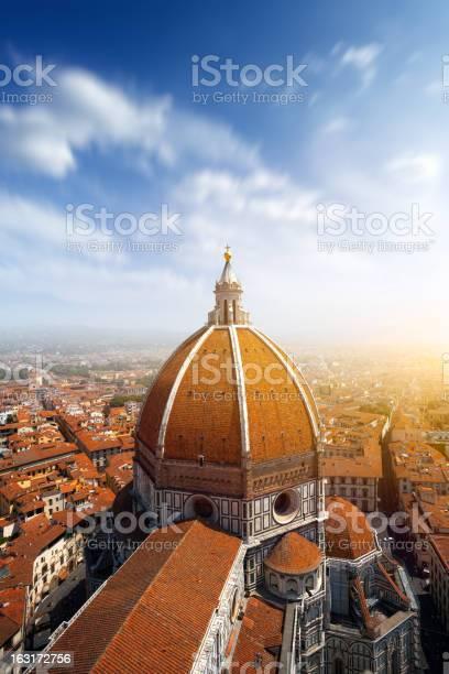 Basilica di santa maria del fiore in florence italy picture id163172756?b=1&k=6&m=163172756&s=612x612&h=pqkz3qawqepccv8d7qhni7qtnaygpsrborfvif7 pjg=