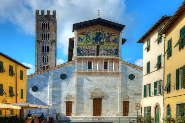 Basilica di St. Frediano, Lucca, Italien – Foto
