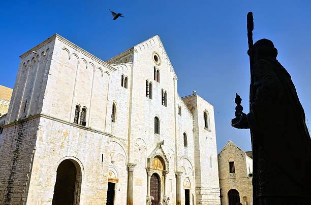 Basilica of Saint Nicholas, Bari The Basilica di San Nicola is a church in Bari, southern Italy basilica stock pictures, royalty-free photos & images