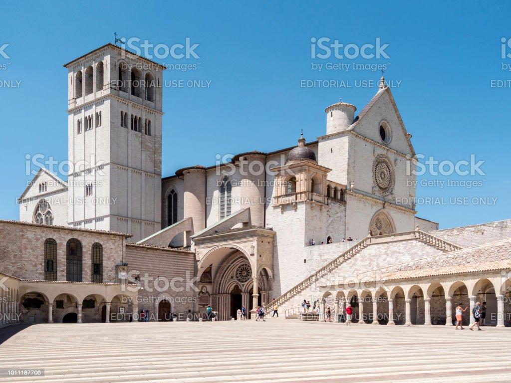 Assisi, Italy - April 9, 2018: Basilica of San Francesco d'Assisi. - foto stock