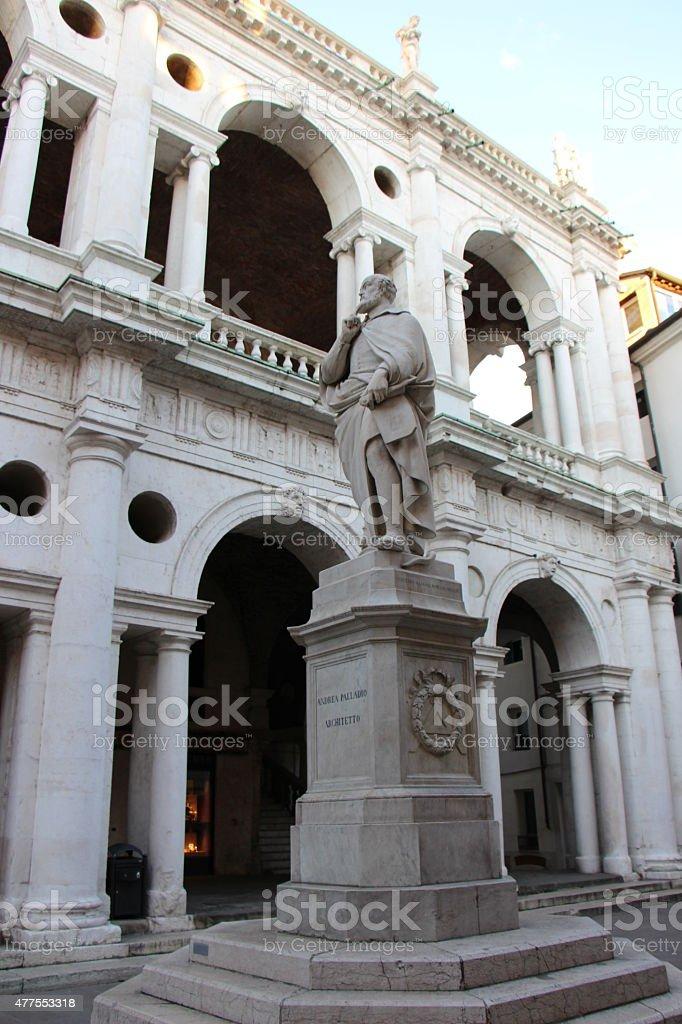 VICENZA - basilica palladiana and statue of Andrea Palladio stock photo