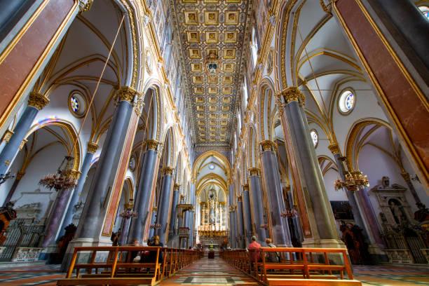 Basilika San Domenico Maggiore, Neapel, Italien – Foto
