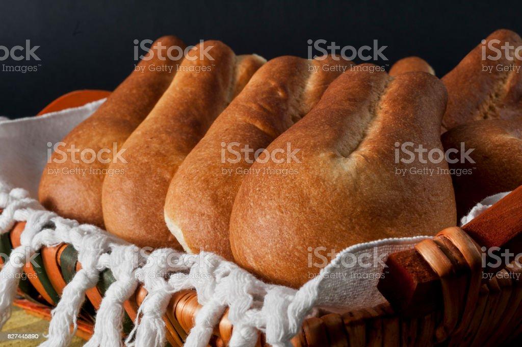 Basket of sweet bread - foto stock