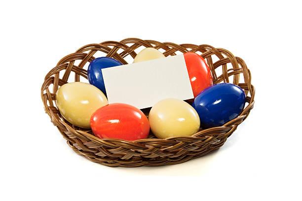 Korb mit Ostern Eier – Foto