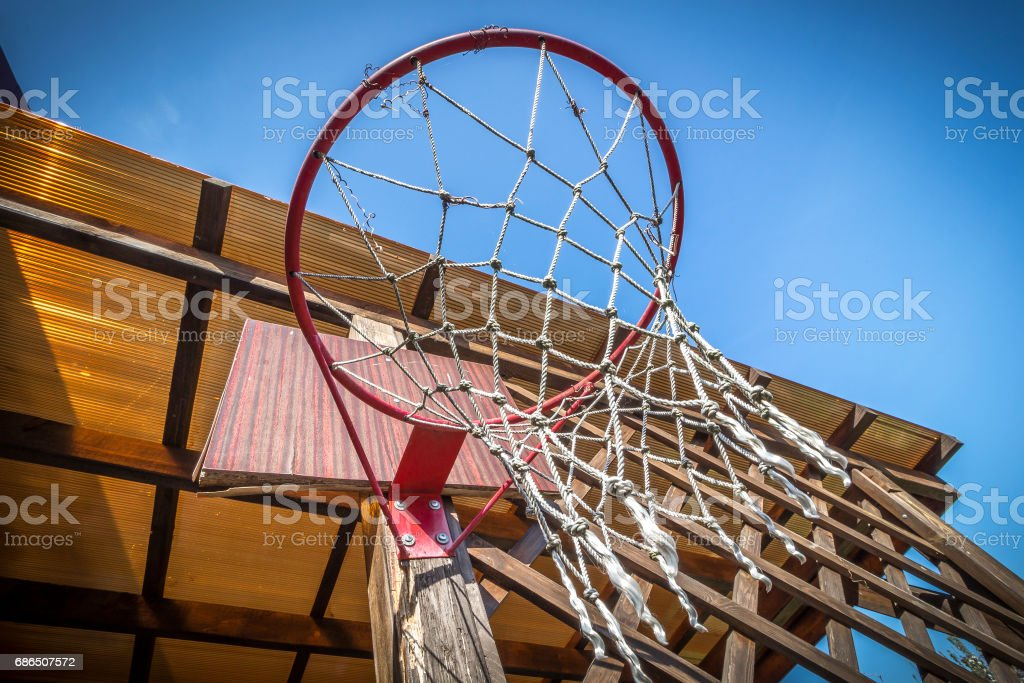 Basketball basket in the yard royalty free stockfoto