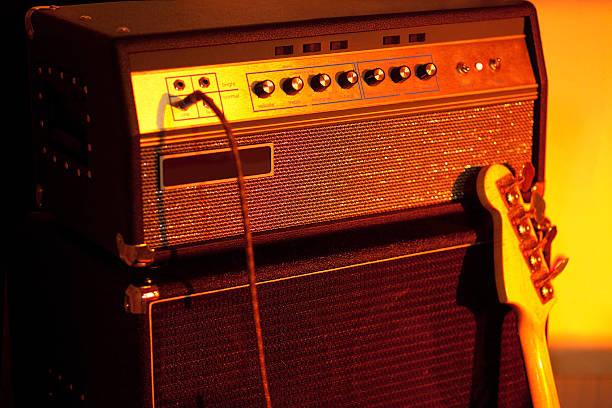 Bass Guitar Amplifier圖像檔