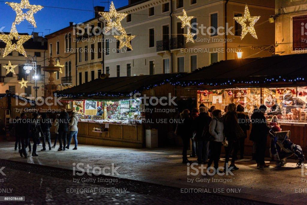 Bassano del Grappa - Mercatini di Natale 2 - foto stock