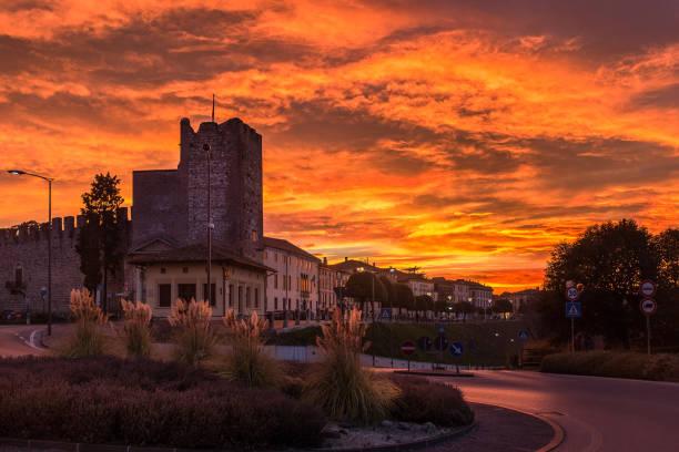 Bassano del Grappa,tramonto, 1 - foto stock