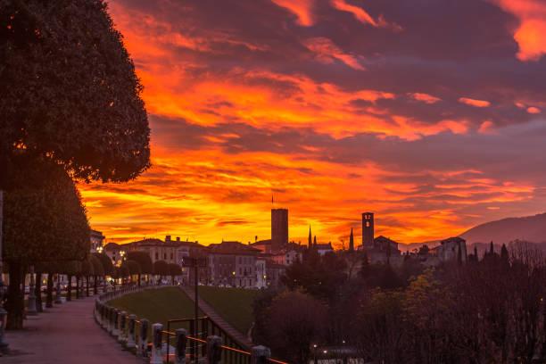 Bassano del Grappa,tramonto,3 - foto stock
