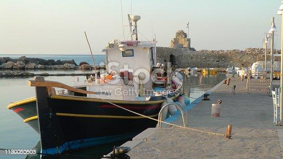 Poros, île des Cyclades de la mer Égée en Grèce