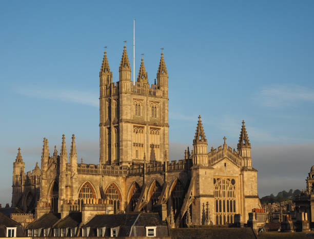 Bath Abbey in Bath The Abbey Church of Saint Peter and Saint Paul (aka Bath Abbey) in Bath, UK bath abbey stock pictures, royalty-free photos & images