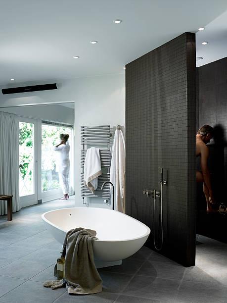 luxus-bad - minimalbadezimmer stock-fotos und bilder