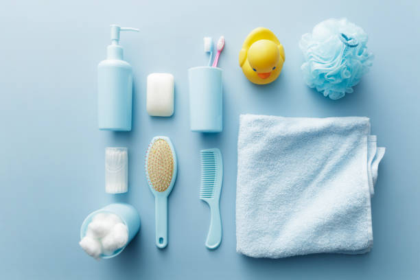 bath: toiletries still life - prodotto per l'igiene personale foto e immagini stock