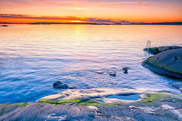 bathing place at the swedish coast - bohuslän nature bildbanksfoton och bilder