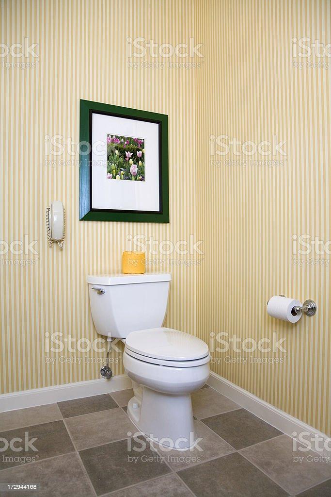 Badezimmer Interieur Mit Weissen Toilette Ein Telefon Tapeten Und