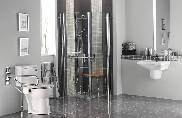 Bathroom for disabled - foto de stock