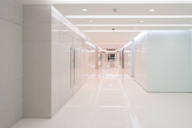 Innenraum im Fitnessraum im Einkaufszentrum – Foto