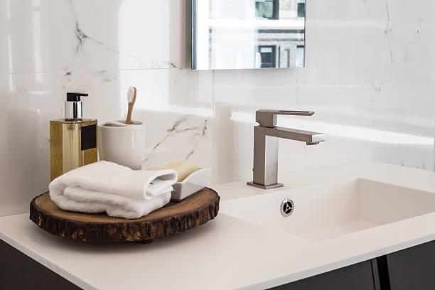 pia de banheiro - banheiro doméstico - fotografias e filmes do acervo