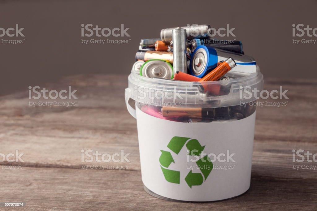 batterij recycleren bin foto