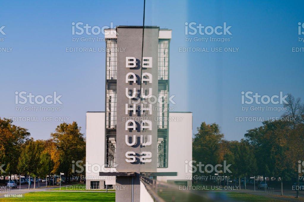 Signe de Dessau Bauhaus en miroir - Photo