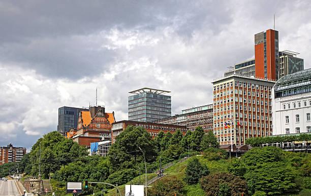 baumwall district in hamburg, deutschland - hotel stadt hamburg stock-fotos und bilder