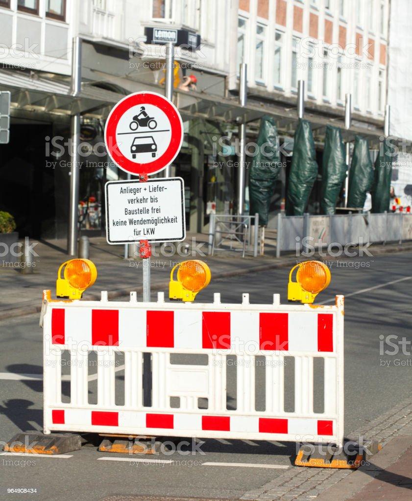 Baustellenabsperrung, Verkehrsschild  Absperrschranke, royalty-free stock photo