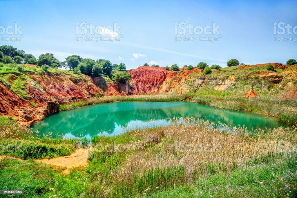 Lac de carrière de bauxite à Otranto, Italie - Photo