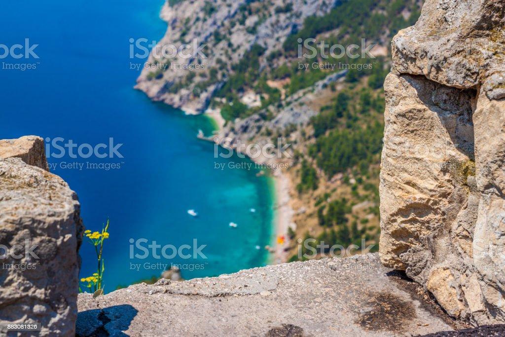 Bucht Fuße des Berg (Biokovo), türkisfarbenen Meer. Strand, Makarska riviera – Foto