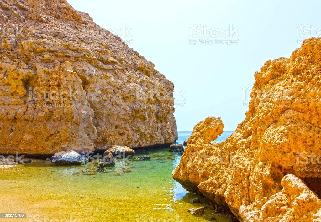 Bay met blauw water in het Ras Mohammed nationale Park in Egypte royalty free stockfoto