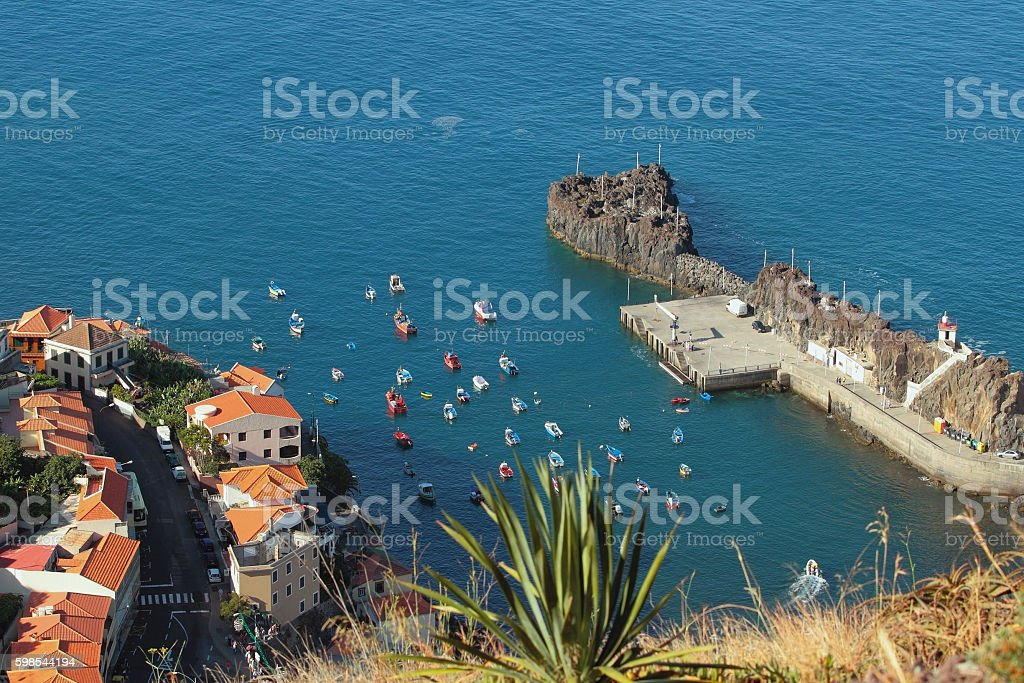 Bay with boats and boats. Camara-de-Lobos, Madeira, Portugal photo libre de droits