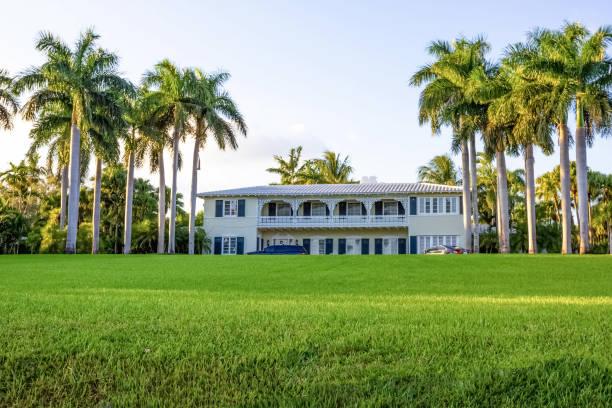 Bayshore Villas Coconut Grove Eigentumswohnungen zu verkaufen oder zu vermieten – Foto