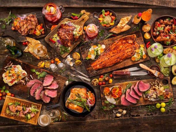 grill fest - lachs meeresfrüchte stock-fotos und bilder