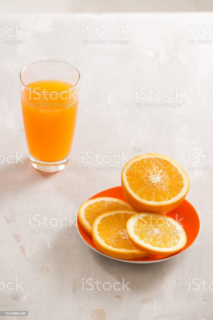 El zumo de naranja no es sano