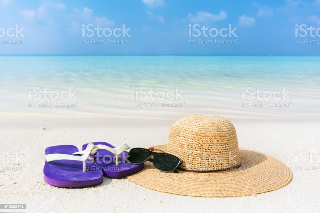 25e2733aa11 Beach Accessories On Sand Clear Turquoise Ocean In Maldives Stock ...