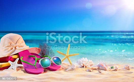 istock Beach Accessories With Seashells On Seashore - Summer Holidays 957583070